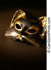 Halloween cat mask - Dramatic and eye-catching, with room...