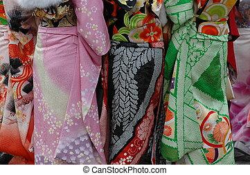 kimono dresses - kimono fabric detail