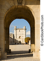 Vincennes castle tower - The main entrance tower of the...
