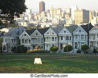 Alamo Square View - View of Victorian houses and downtown...