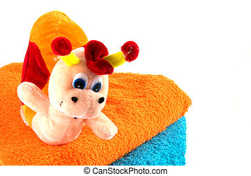 Toy bath 1 - Toy bath with vivid colours towels