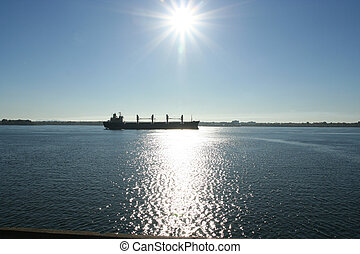 Ship on St-Lawrence - Ship sailing on the St-Lawrence river...