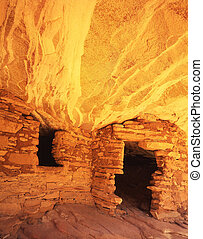 Cliff Dwelling #2 - An Anazai Indian Ruin in South Mule...