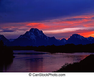 MtMoran&SnakeRiver#6 - The Oxbow Bend of the Snake River and...