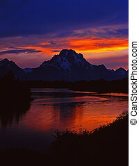 MtMoram&SnakeRiver#7 - The Oxbow Bend of the Snake River and...