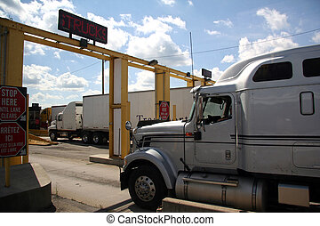 Truck Border Crossing - Truck Crossing the Canadian - United...