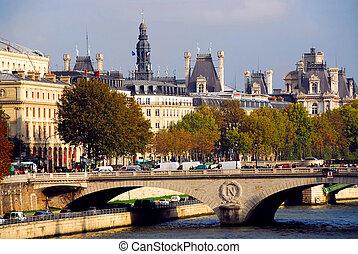 Paris Seine - Stone bridge over Seine in Paris France