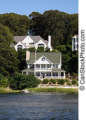 Victorian House by the Lake - Expensive Summertime House
