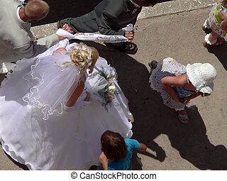 Wedding 2 - Bride with bouquet, view overhand