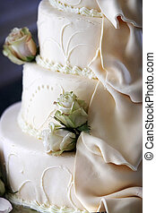 wedding cake detail - Wedding cake detail with flowing sugar...