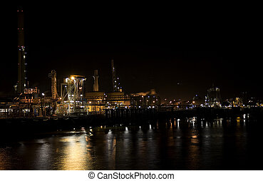 Refinery at night 2 - Nightshot of a refinery in Pernis,...