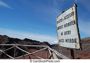 No Entry sign at Vesuvius