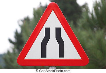 traffic narrow road sign