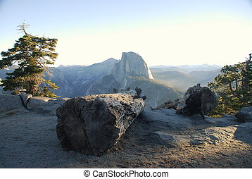 Half Dome in Fall - November morning shot of the sunrise on...