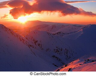 Morning sun - Sunrise in the mountains. Retezat...
