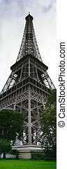 Eiffel Tower - Image of the Eiffel Tower in Paris, France.