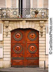 Doors - Wooden doors in old building in Paris France