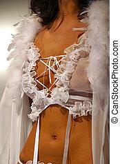 Female linen - 1