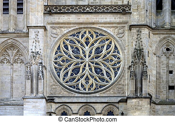 Bordeaux Cathedral, France - Rose window in Saint-Andre...