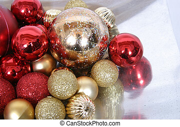 Ornaments 3 - red and gold shiny christmas tree ornaments on...