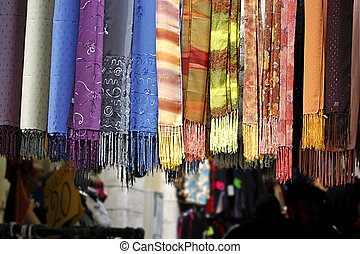 Scarves in Middle East market