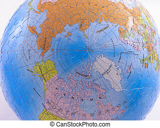 Globe Map Puzzle - North Pole - Spherical Globe Map Puzzle -...
