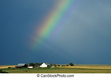 Pot of gold 2 - Farmhouse and rainbow