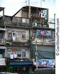 dilapidated housing - poor houses in bangkok
