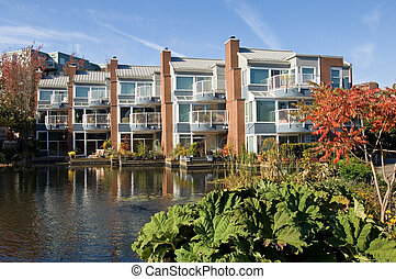 Luxury living - Luxury apartment comples in Vancouver,...