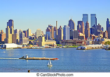 NYC SKYLINE 63 - New York City - view from across the river