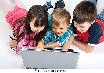 gyerekek, laptop