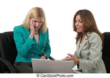 Businesswomen Lap 3