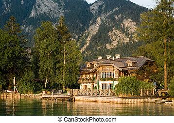 lake house - a house on the lake