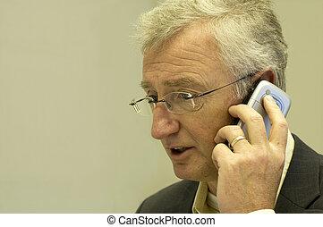 Senior Consultant Calling