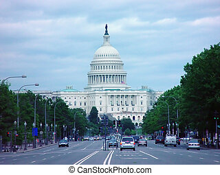 US Capitol Buildin - The US Capitol Building from the middle...