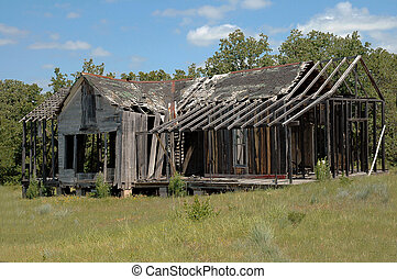 Ranch House - Abandoned house in Granbury, Texas