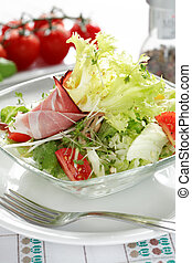 Diet food - Small salad as a starter, low calorie