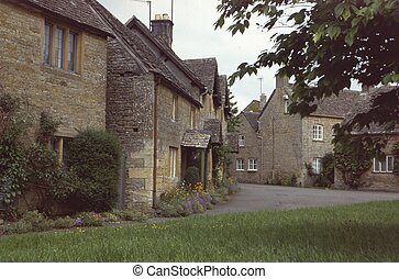 Cotswolds Village - Chocolate Box Village. Cotswolds,...