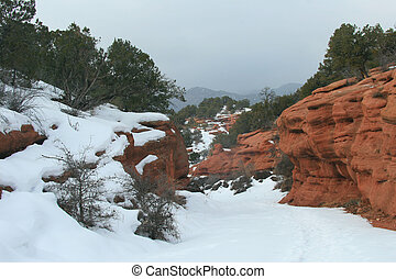 Red Canyon - Foggy day in snowy red canyon