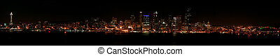 Seattle skyline at night - Giant panorama of Seattle\\\'s...