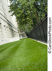Inner city - Small patch of green on London\\\'s embankment