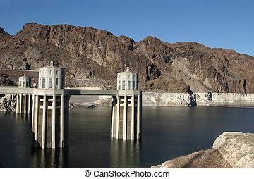 Hoover Dam / Lake Meade , USA