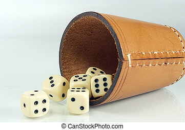 shaker with dice1