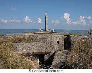 Pointe de Have Monun - A view of the Pointe de Have Monument...