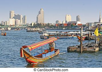 Bangkok River - Scenic view of the Chao Praya River in...