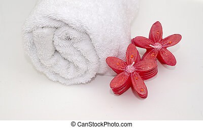 Pretty Bathtime - pretty pink floral shaped candles scented...