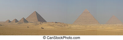Pyramids of Giza - Ancient Egypt: Pyramids of Giza (Cairo)
