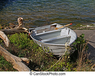 Old rowboat - Lake Michigan