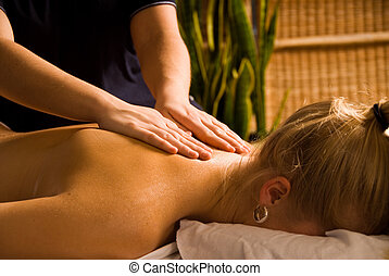 Dayspa - woman at a day spa getting a nice massage