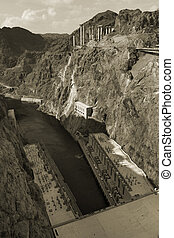 Hoover Dam (1931) in Black Canyon of Colorado river, by Las...